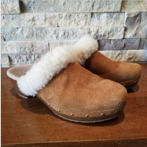 UGG Clog Mule Shoe Brown Suede Size 6 UGG